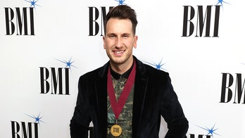 Russell Dickerson reveals his CMT Music Awards red carpet routine