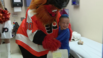 Philadelphia Flyers mascot surprises 7-year-old superfan who requested custom Gritty-themed prosthetic
