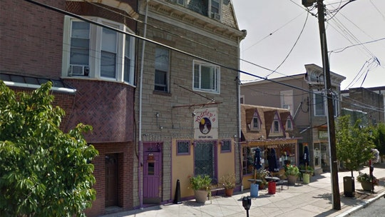 New Jersey man arrested after calling 911 to complain about bar banning, police say