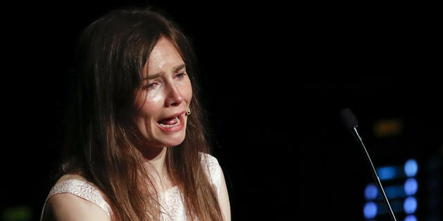 Westlake Legal Group 2000-35 Amanda Knox sobs during speech on return to Italy, accuses media of building false story Lukas Mikelionis fox-news/world/world-regions/italy fox-news/world/world-regions/europe fox-news/world/crime fox news fnc/world fnc article 39c32812-5309-5d38-ad3c-aa3b03ec3f0a