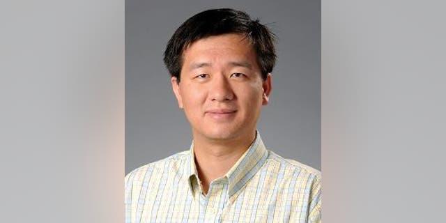 Fang Zhou (Georgia Gwinnett College)