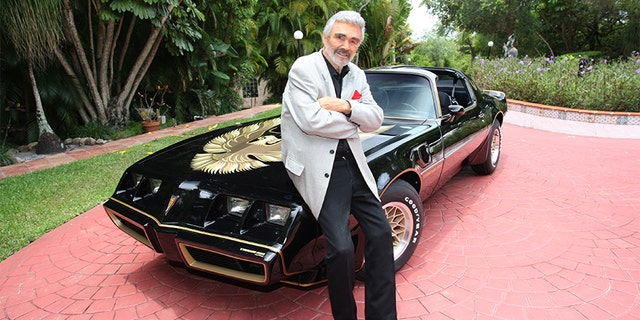 Burt Reynolds was the subject of an auction from Julien's Auctions. — Julien's Auctions