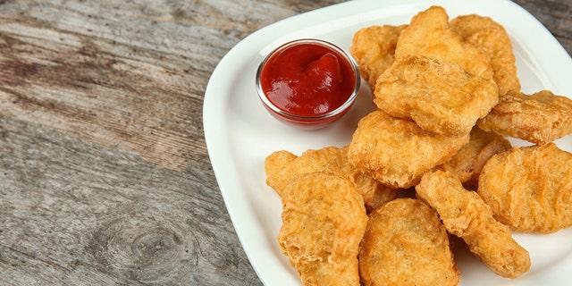 It's Paltrow vs nuggets
