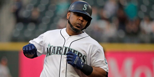 Westlake Legal Group 6d2fb3bc-AP19155130507729 Yankees add AL home run leader Edwin Encarnación after trade with Mariners Jay Cohen fox-news/sports/mlb/seattle-mariners fox-news/sports/mlb/new-york-yankees fox-news/sports/mlb fnc/sports fnc cd477c60-3ab8-5013-871d-371a6672e4a1 Associated Press article