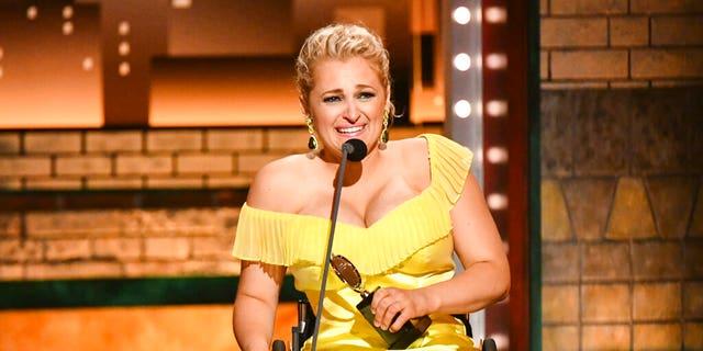 "Ali Stroker, 31, made history on Sunday night when she won a Tony Award for her role in ""Oklahoma!"""