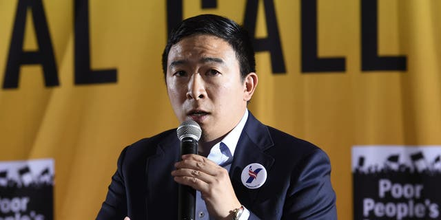 Andrew Yang claims his mic was turned off during debate