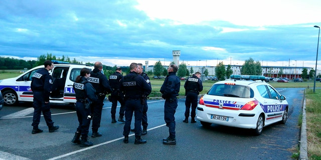 Le RAID a ete depeche a la Prison de Conde sur Sarthe Conde sur Sarthe le 11/06/2019. French police officers of the RAID arrive at the penitentiary center of Alencon, in Conde-sur-Sarthe, northwestern France, as a hostage-taking is underway late on June 11, 2019.