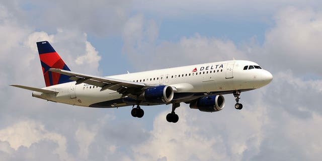 Delta Air Lines passengers who recently traveled from Florida to New York were in for a slight scare when a foglike mist engulfed the cabin before takeoff.