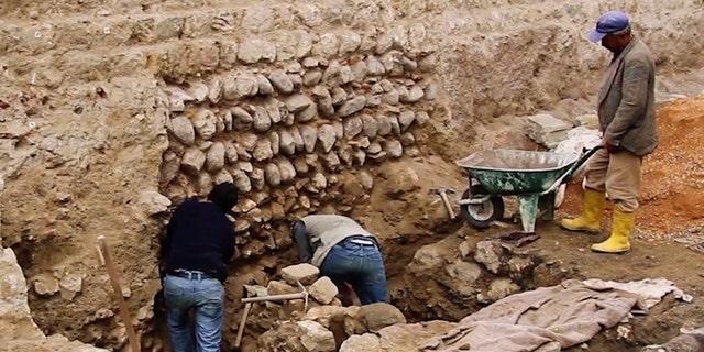 The excavations site (Emre Arolat Architecture [EAA])