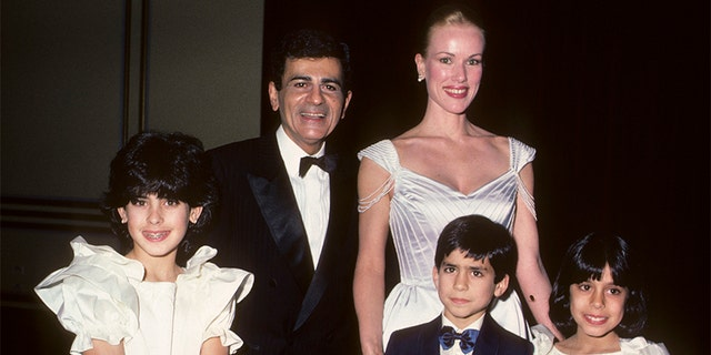 Radio Personality Casey Kasem, wife Jean Kasem, daughter Kerri Kasem, son Michael Kasem and daughter Julie Kasem attend Lebanon-Syrian American Society of Greater Los Angeles Man of the Year Awards on January 25, 1985, at the Beverly Wilshire Hotel in Beverly Hills, California. (Photo by Ron Galella/Ron Galella Collection via Getty Images)