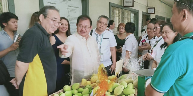 Westlake Legal Group Mango-Festival-4 Philippines aims to sell 2.2M pounds of mangoes in June after fruitful harvest: official Paulina Dedaj fox-news/world/world-regions/asia fox-news/odd-news fox news fnc/world fnc article 8f1a9c9e-9744-508d-bbd2-a30035126ed1