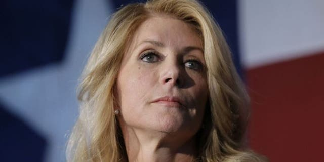 Westlake Legal Group WendyDavis2014 This Day in History: June 25 fox-news/us/this-day-in-history fox news fnc/us fnc article a151e36a-6b6d-54fa-b659-13b558210898