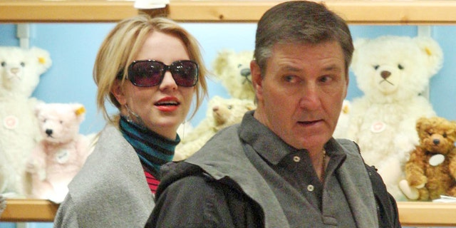 Britney Spears shopping with her father, Jamie Spears, in 2008.