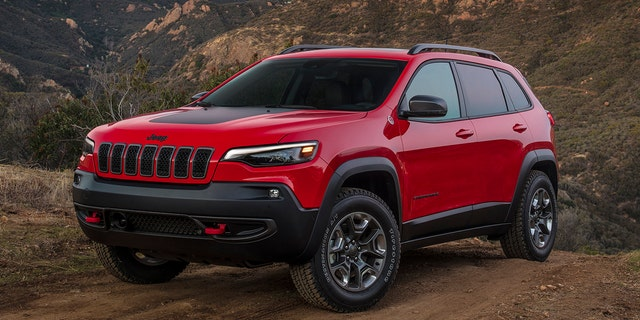 Westlake Legal Group cherokee Jeep Cherokee tops 2019 Cars.com American-Made Index Gary Gastelu fox-news/us/personal-freedoms/proud-american fox-news/auto fox news fnc/auto fnc caef63ba-7270-5de8-bd75-99ba28713b5a article