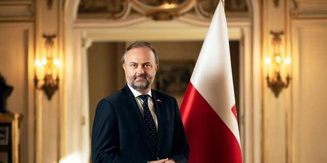 Consul General Maciej Golubiewski.