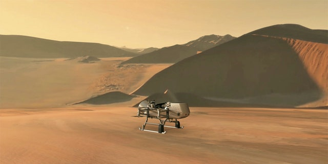 This illustration shows NASA's Dragonfly rotorcraft-lander approaching a site on Saturn's exotic moon, Titan. (Krediet: NASA/JHU-APL)