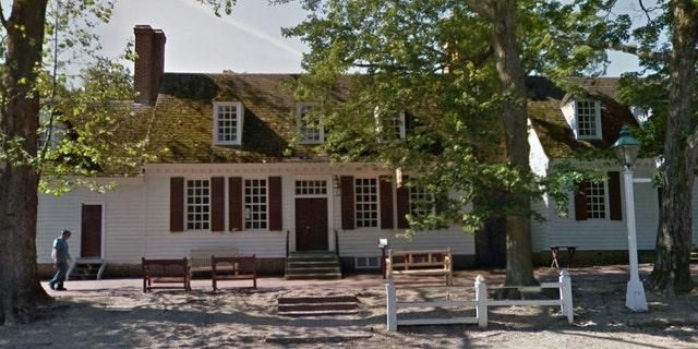A street view image of Shields Tavern in Williamsburg, Va.