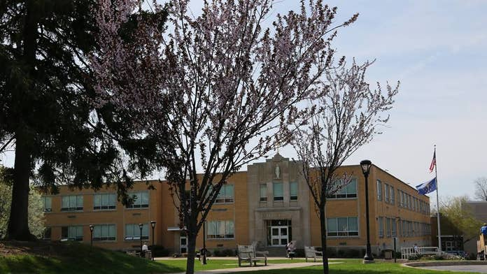 Indiana HS cuts ties with gay teacher to stay in archdiocese: report