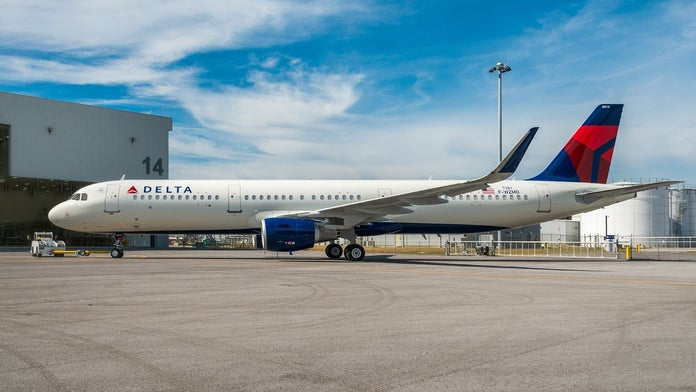 Detroit-bound Delta flight makes emergency landing in Wyoming after fire scare