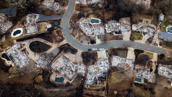 PG&E to pay $1 billion to local governments for catastrophic wildfires