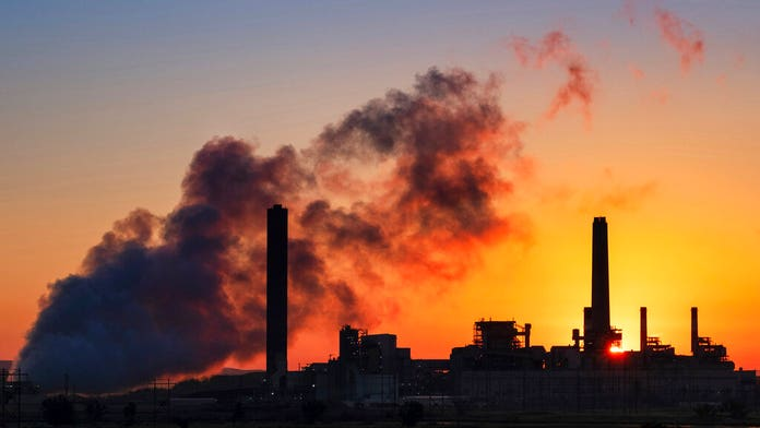 Liberty Vittert: Climate change alarmists deny science in misrepresenting June's heatwave