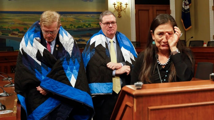 Lawmakers seek to rescind Medals of Honor from soldiers at Wounded Knee massacre
