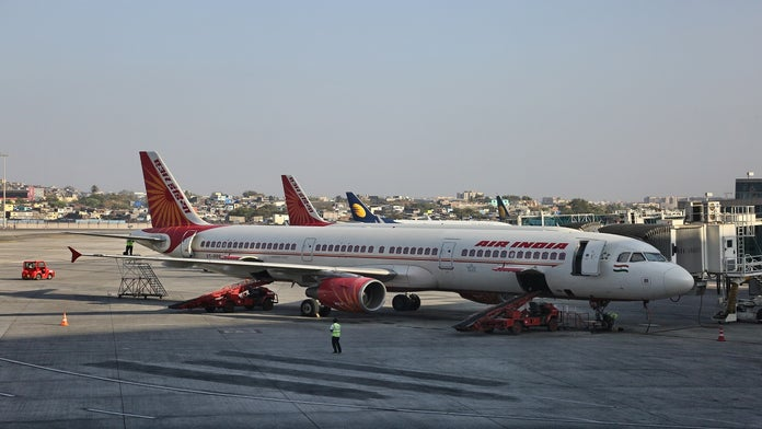 Flight from India to Newark makes emergency landing over bomb threat: report