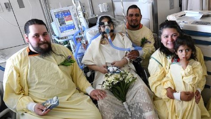 Dying Indiana woman weds fiance in hospital room ceremony