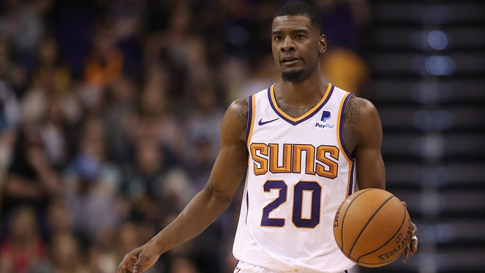 Phoenix Suns' Josh Jackson accused of getting 5-month-old daughter high with marijuana use: report