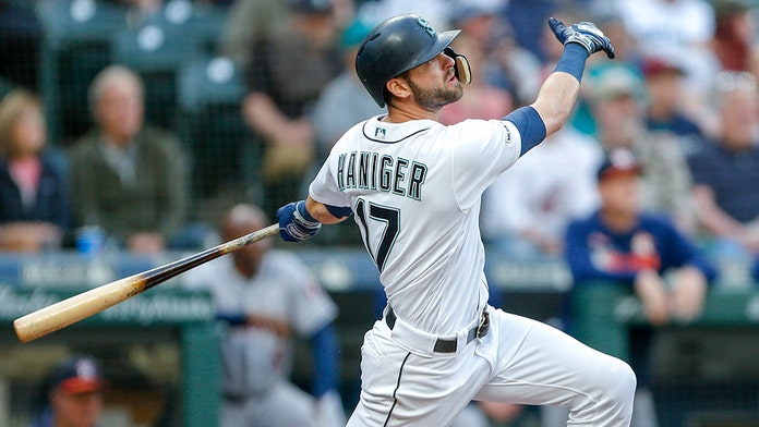 new styles def7b 39dbc Seattle Mariners' Mitch Haniger suffers ruptured testicle ...