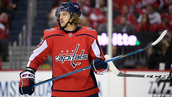Washington Capitals re-sign Carl Hagelin to four-year deal