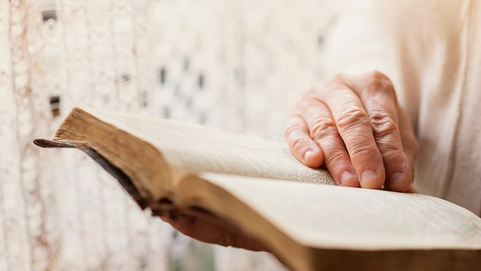 California widow, 86, says she was evicted for sharing her faith