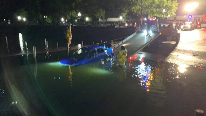 Stolen car found submerged in Clear Lake