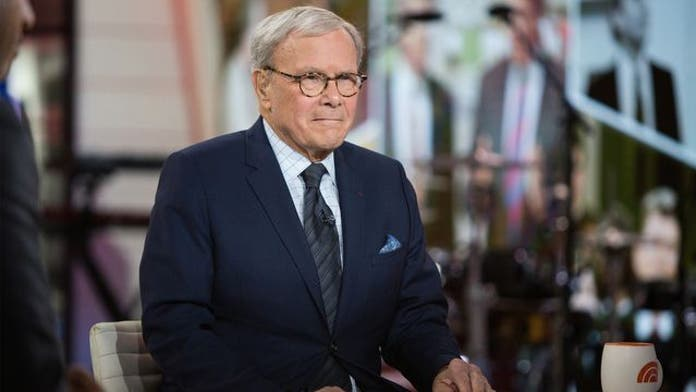 NBC News' Tom Brokaw says politics, medical marijuana help distract from cancer: report