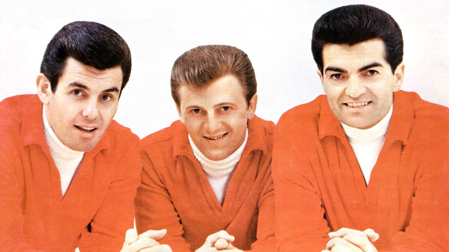 UNSPECIFIED - circa 1961: (AUSTRALIA OUT) Photo of American male pop music trio The Lettermen posed circa 1961. Left to right: Jim Pike, Tony Butala and Bob Engermann. (Photo by GAB Archive/Redferns)