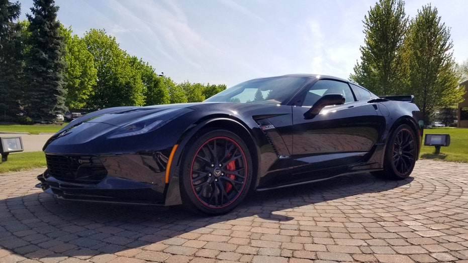 Last front-engine Chevrolet Corvette will be auctioned to