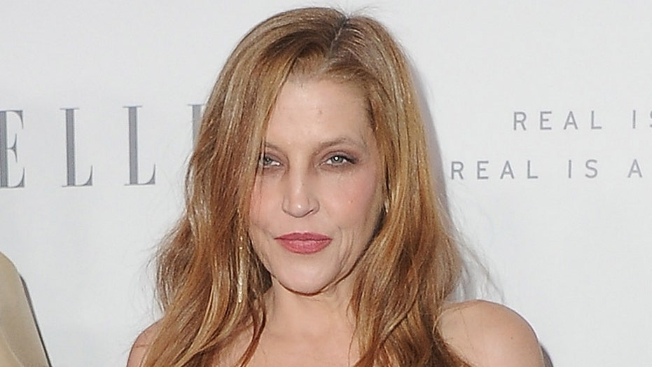Lisa Marie Presley posts rare photo with all four of her