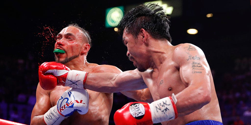 Manny Pacquiao beats Keith Thurman by split decision following first-round knockdown