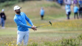 British Open golfer Kyle Stanley refuses to apologize for not yelling 'Fore' after wayward shot