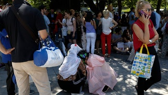 5.3 magnitude quake shakes Greek capital, sends residents to the streets in fear
