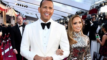 Jennifer Lopez twerks on Alex Rodriguez, stops concert to sing him happy birthday