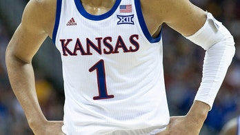 Kansas Jayhawks men's basketball team has incredible reunion in Las Vegas