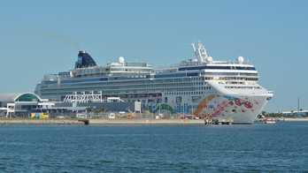 Passengers 'freaking out' after Norwegian Cruise Line cancels voyage only days before sailing: 'Absolutely unbelievable'