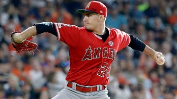 Angels' Andrew Heaney honors Tyler Skaggs with special first pitch, etches message into mound