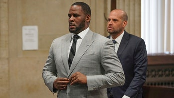 R. Kelly judge orders lawyers not to talk about new evidence