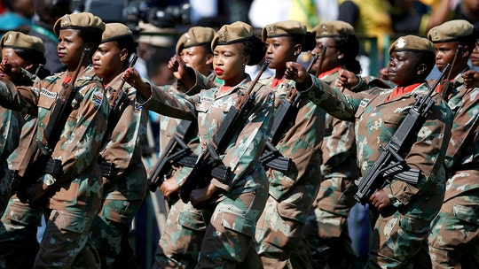 South African army descends on Cape Town to combat spiraling gang warfare