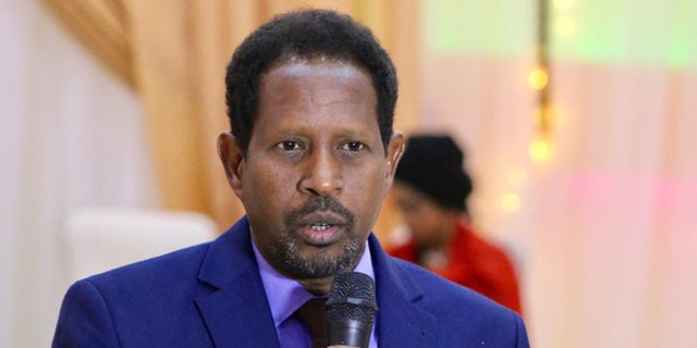 Mogadishu mayor wounded in blast at his office