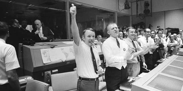 Mission Control celebrates Apollo 13 splashdown.