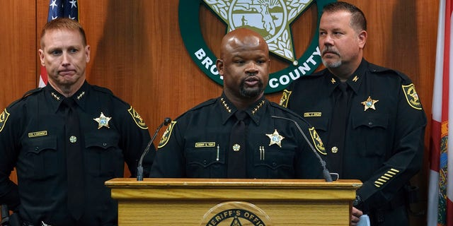 Westlake Legal Group Broward2 Broward County Sheriff's Office loses accreditation after school massacre, Florida airport shooting: report Travis Fedschun fox-news/us/us-regions/southeast/florida fox-news/us/crime/police-and-law-enforcement fox-news/news-events/florida-school-shooting fox news fnc/us fnc article 4cffe7bd-6dd1-5f06-b0fe-d627b5238c64