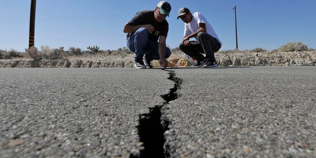 Crews in Southern California assessed repairs to burst and burnt buildings, shop-worn roads, leaking H2O and gas lines and other infrastructure Saturday after a largest trembler a segment has seen in scarcely 20 years jolted an area from Sacramento to Las Vegas to Mexico.